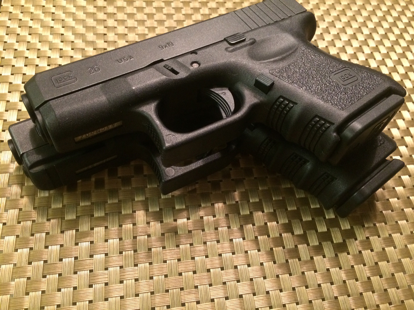 Glock Compact vs Sub-Compact for Summer Carry | Prepper ...